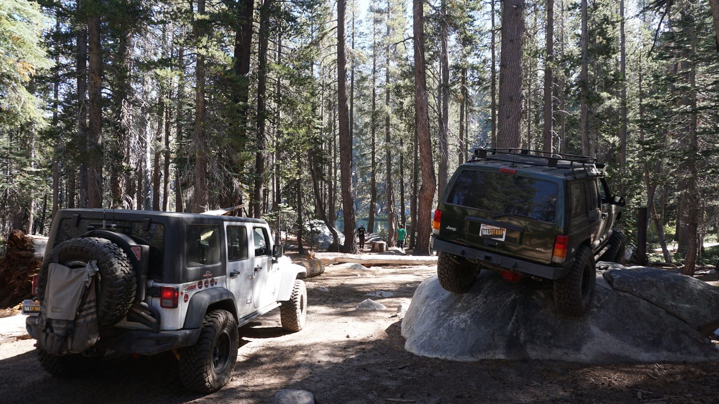 26E216 - Mirror Lake Trail - Waypoint 12: Lake and Camping