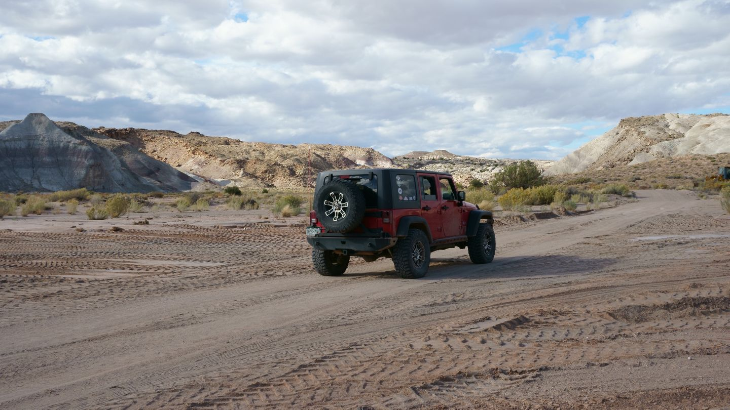 Cathedral Valley Loop - Waypoint 29: Intersection - 0090
