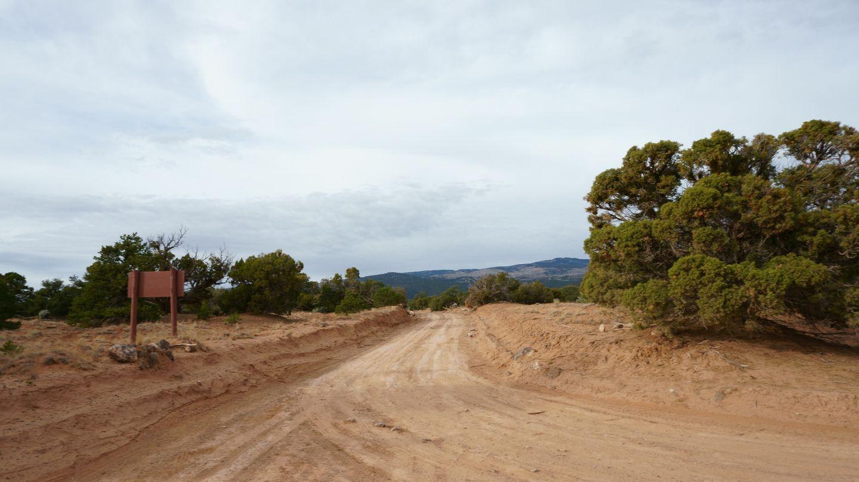 Cathedral Valley Loop - Waypoint 11: Polk Creek Road Trailhead