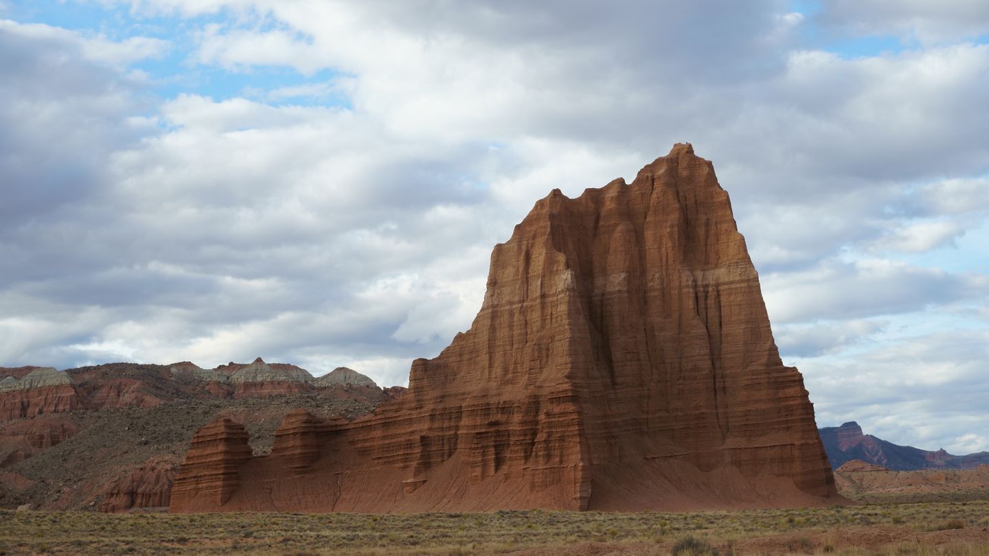 Cathedral Valley Loop - Waypoint 22: Temple of the Sun