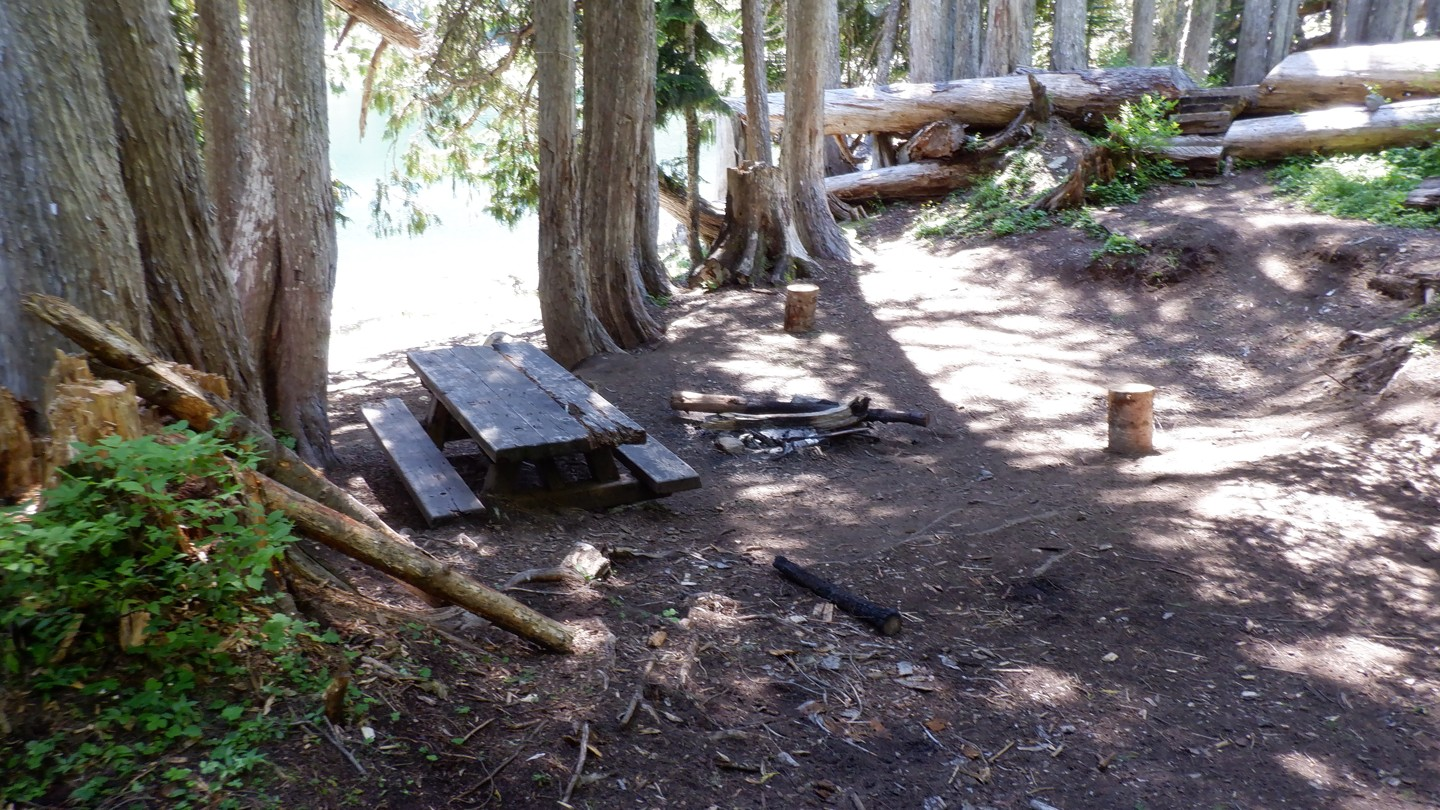 Camping: Naches Trail