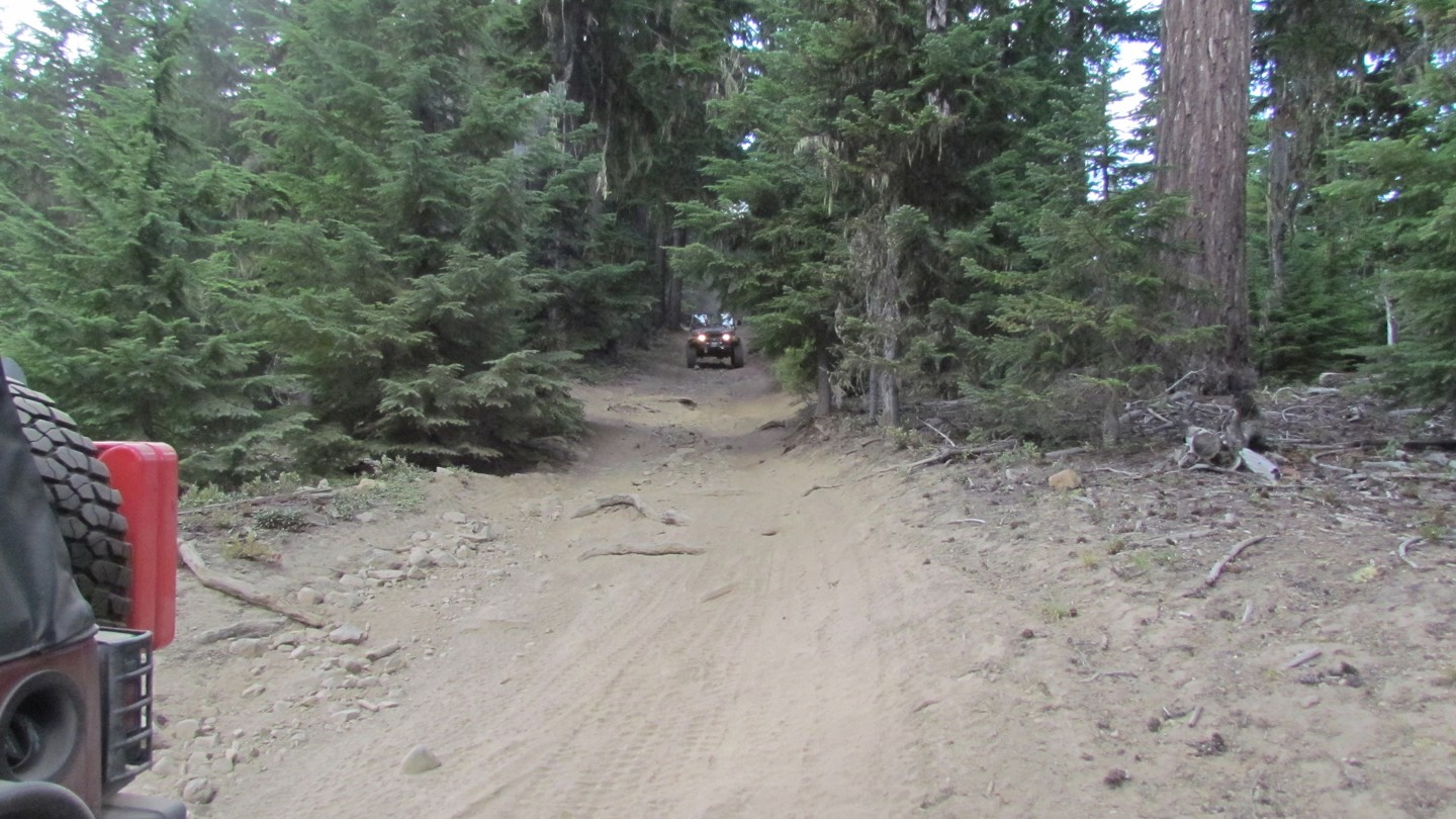 Naches Trail - Waypoint 17: Trail Intersection - Straight