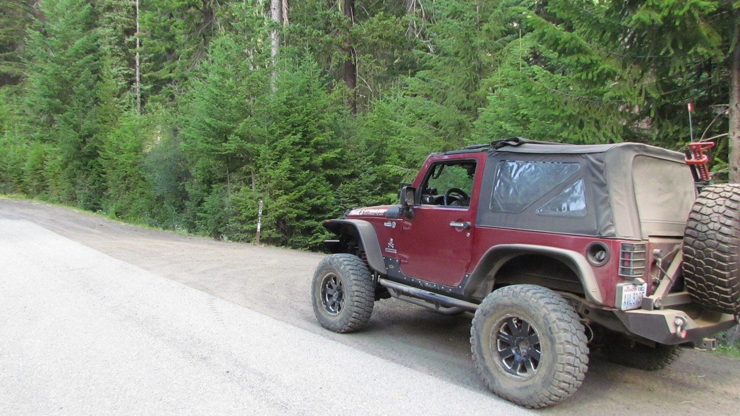 Naches Trail - Waypoint 21: Trail Intersection - Turn Right