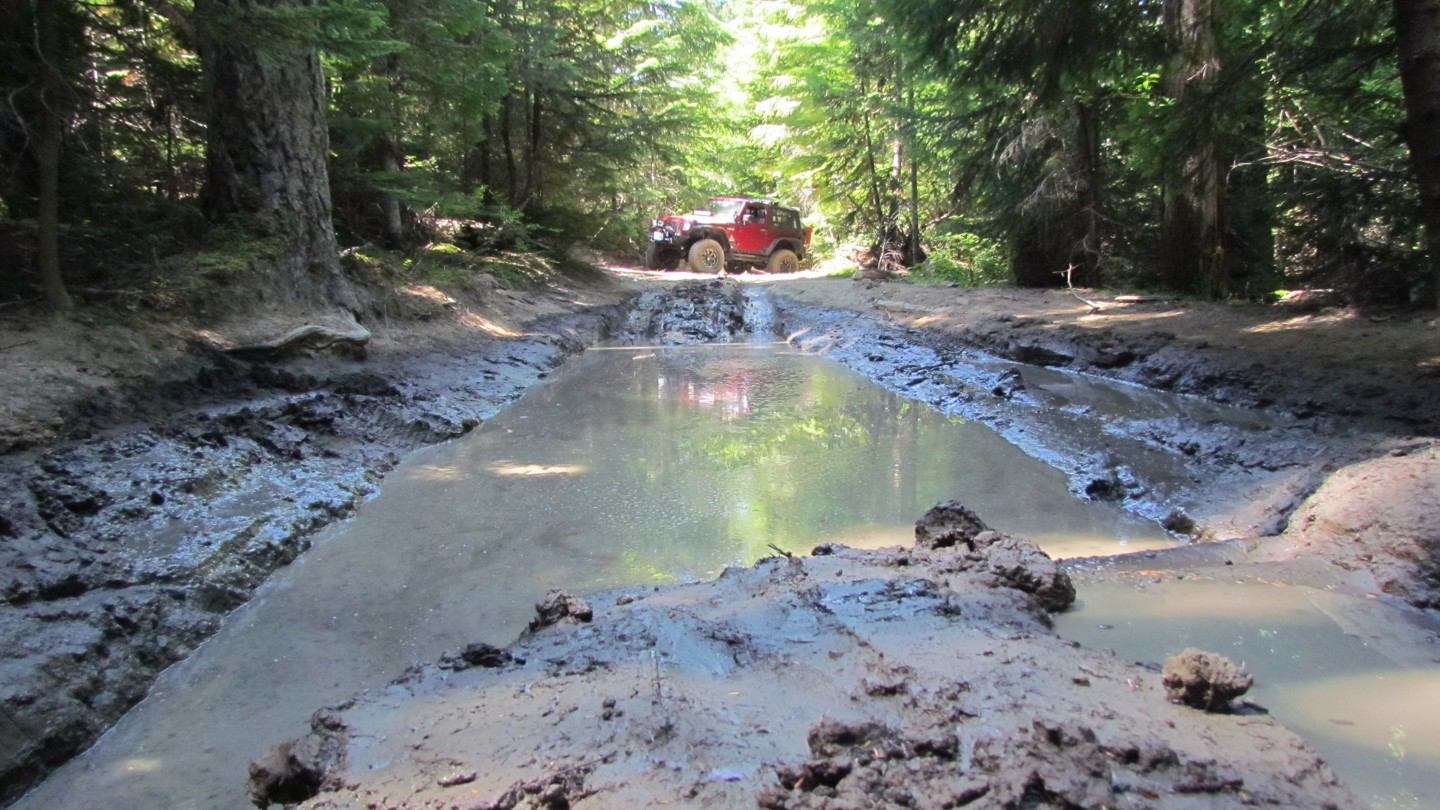 Naches Trail - Waypoint 3: Trail intersection - Straight