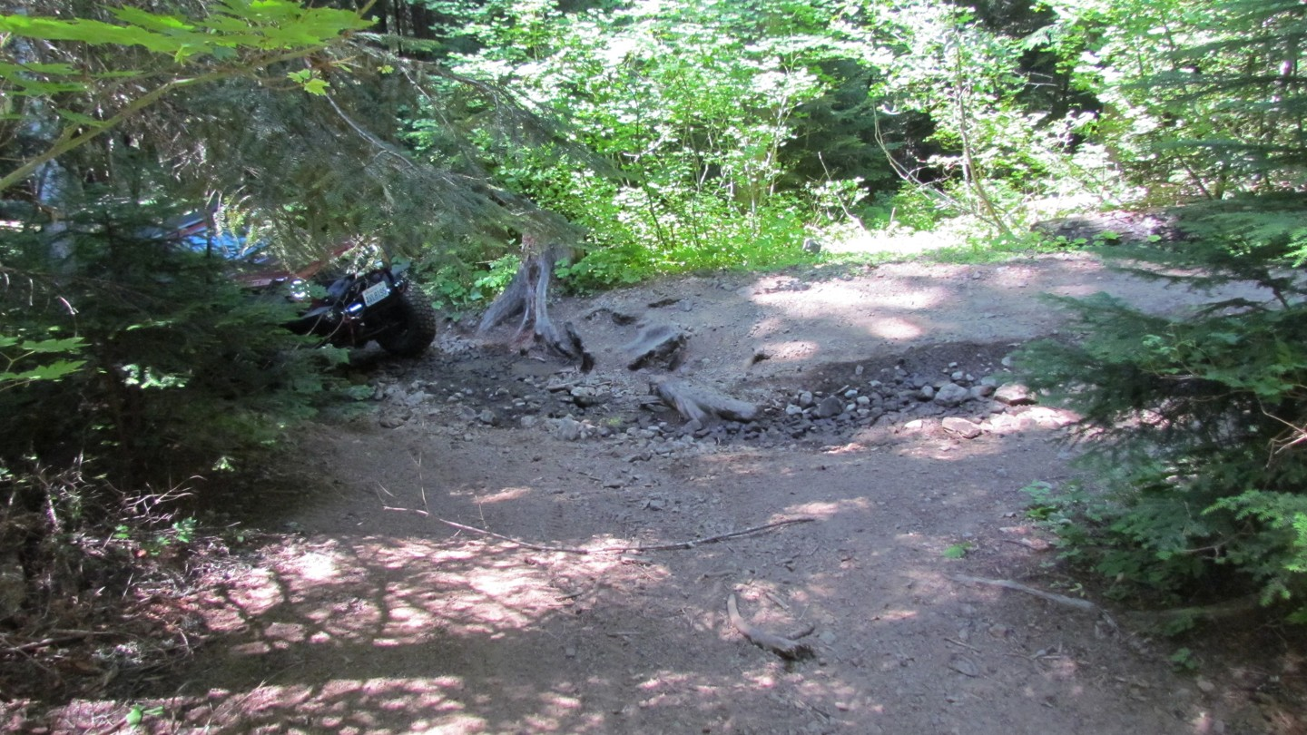 Naches Trail - Waypoint 6: Trail Intersection - Stay Left