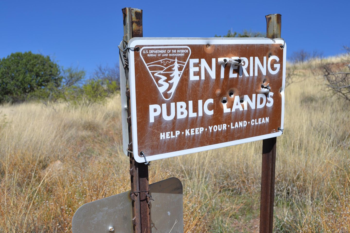 Jackson Cabin/Muleshoe Ranch Road - Waypoint 12: Entering Public Lands