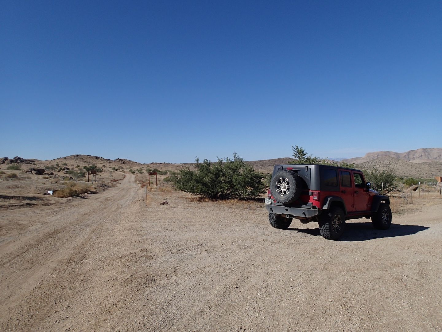 Gold Butte Backcountry Byway - Waypoint 17: Red Bluff Wash Road