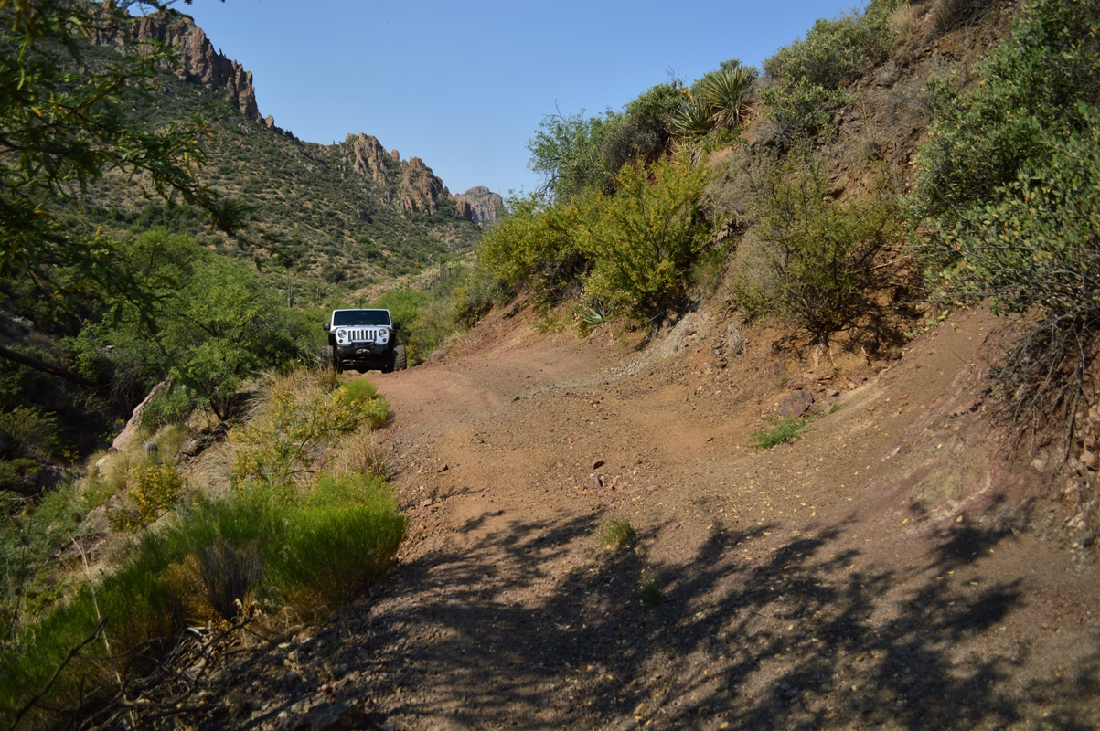 Millsite Canyon Trail Arizona - Waypoint 13: NARROW LEDGES (USE CAUTION)