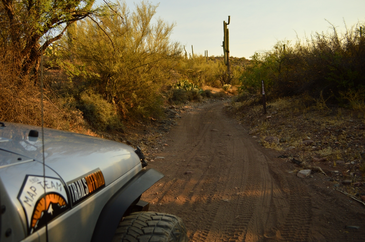 Millsite Canyon Trail Arizona - Waypoint 3: STAY RIGHT IN WASH
