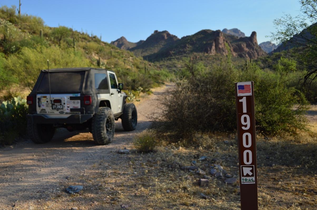 Millsite Canyon Trail Arizona - Waypoint 9: STAY LEFT ON FR1900