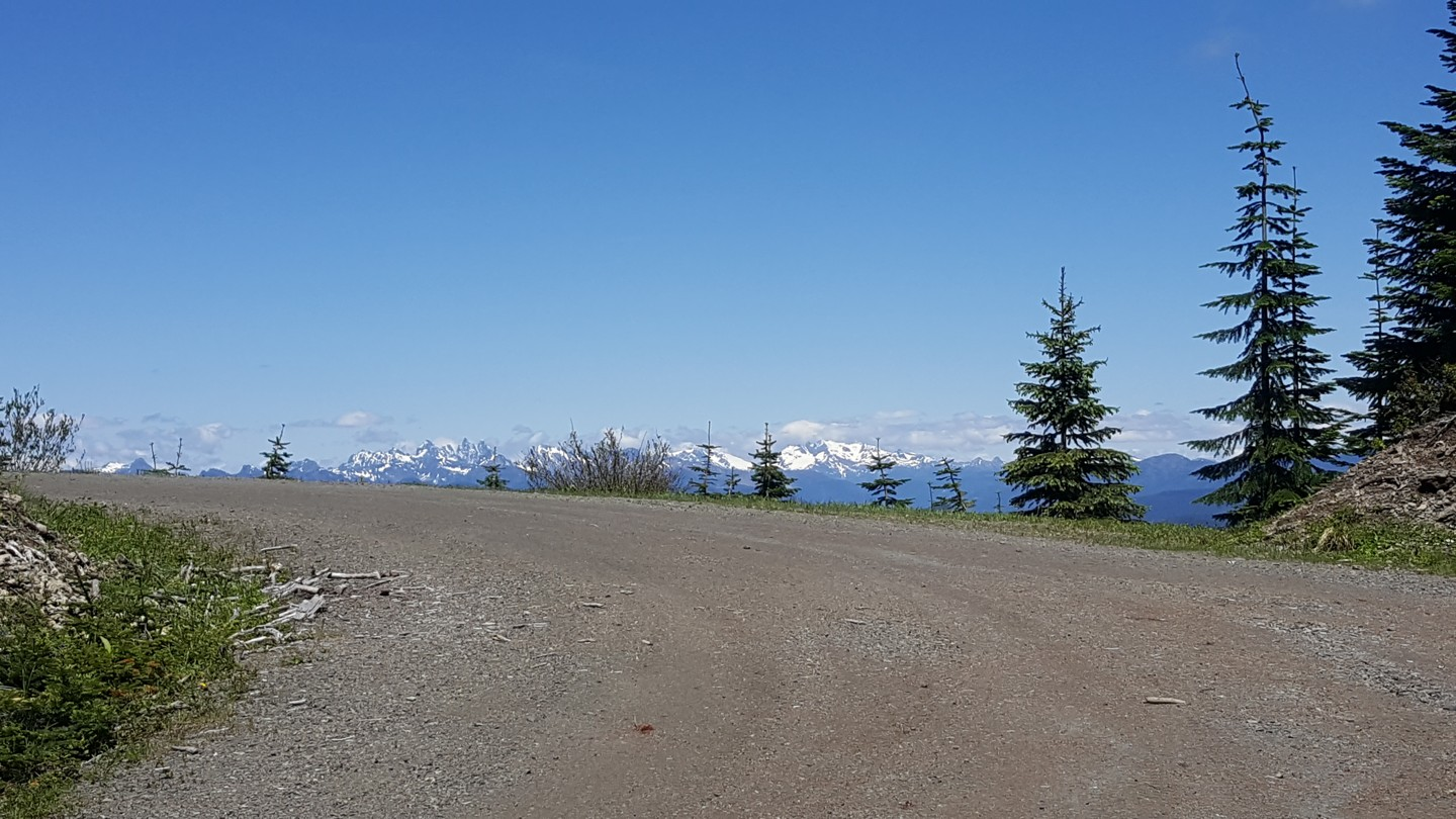 NF-7030 to Stampede Pass - Waypoint 11: Intercection with unknown Road