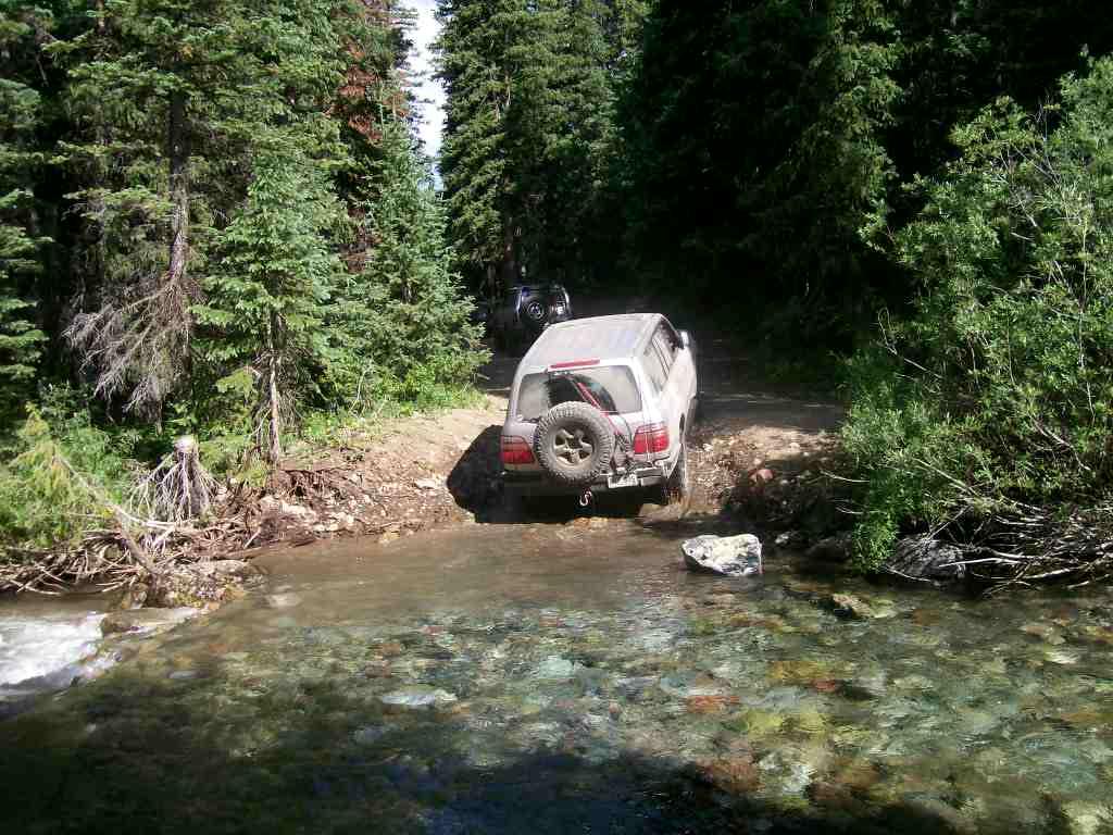 Schofield Pass - Waypoint 4: Water Crossing