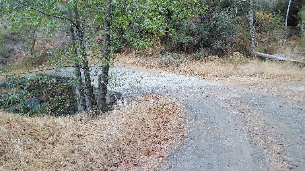 Maple Spring Road - Silverado Canyon - 5S04 - Waypoint 2: Trail Turns To Dirt
