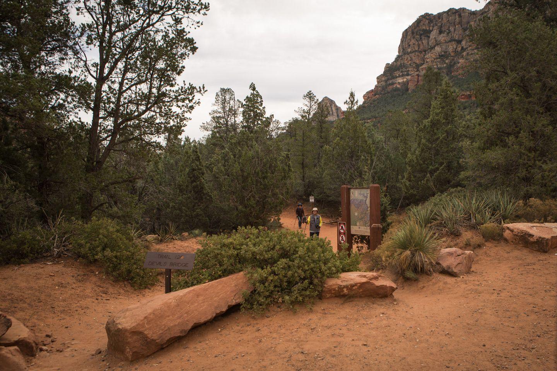 Dry Creek Road - Waypoint 4: Devil's Bridge Hiking Trail