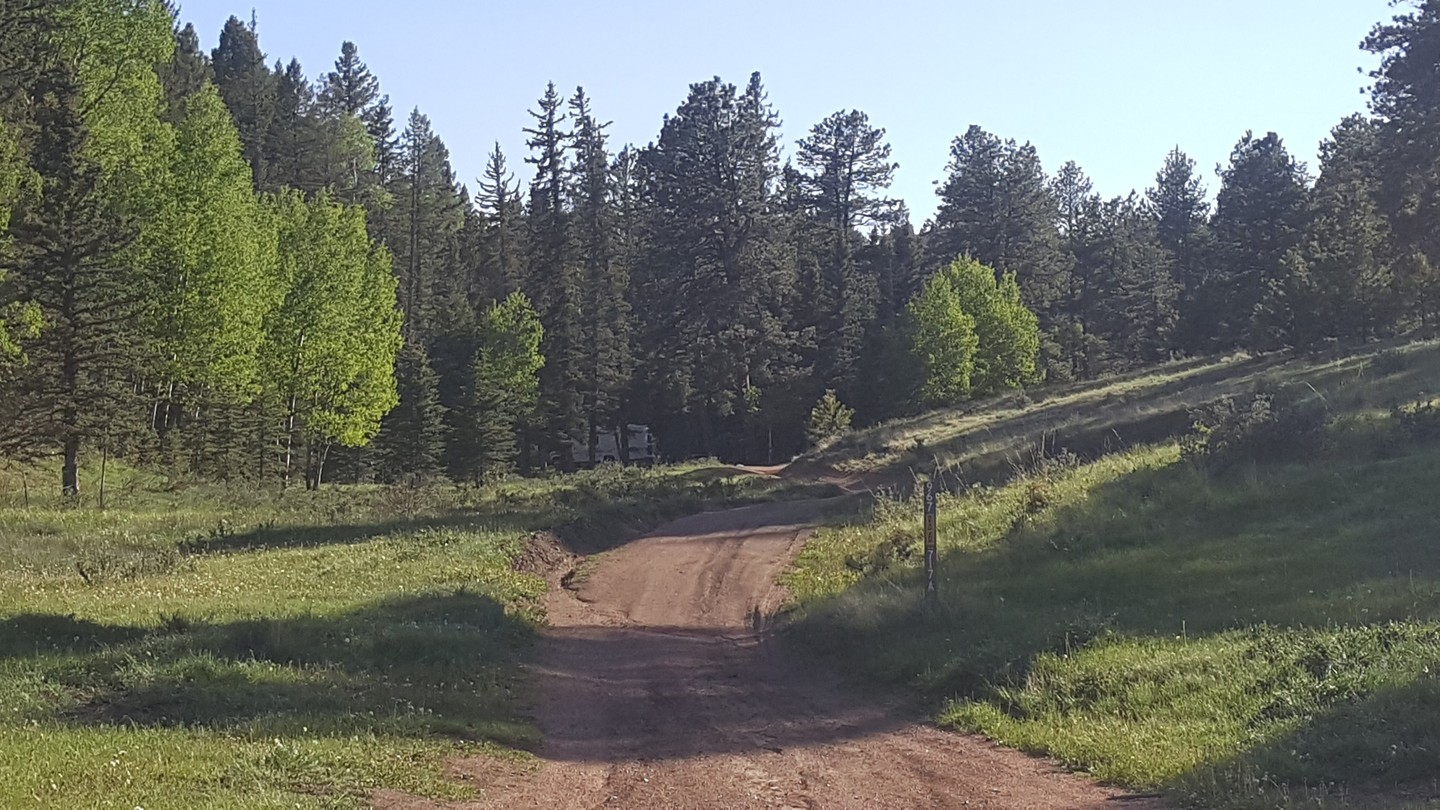 Manchester (Manchester Creek) - Waypoint 6: Intersection with 364 & 717.A & 967 (Campsites)