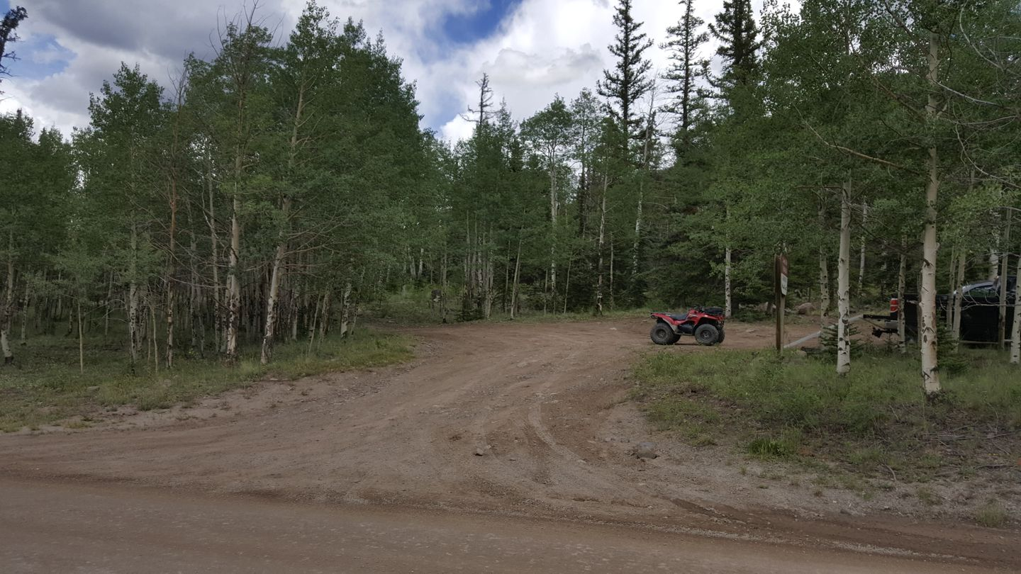 Cinnamon Pass - Waypoint 5: Intersection with Private Property Roads