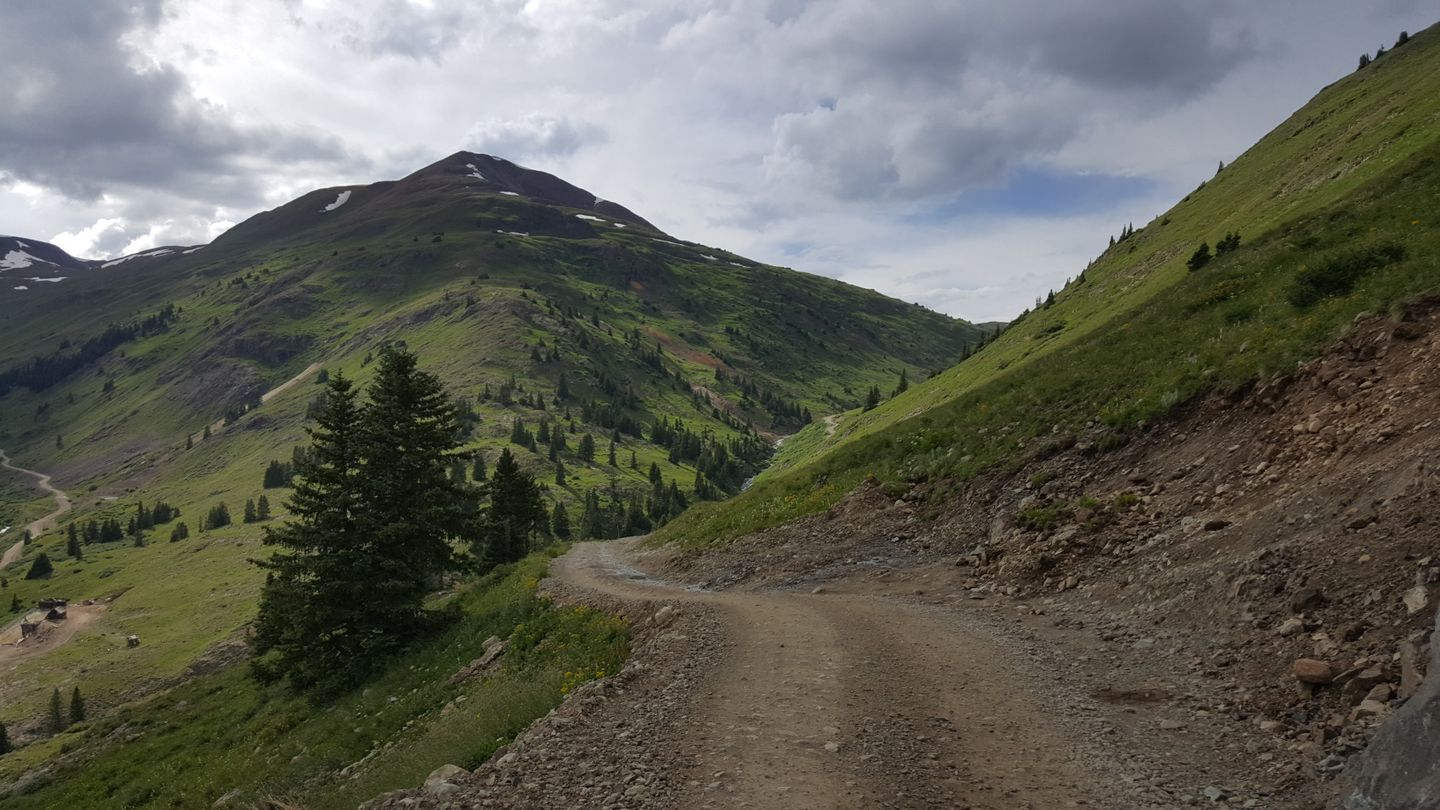 Cinnamon Pass - Waypoint 20: Alpine Loop Connector & Animas Forks Split