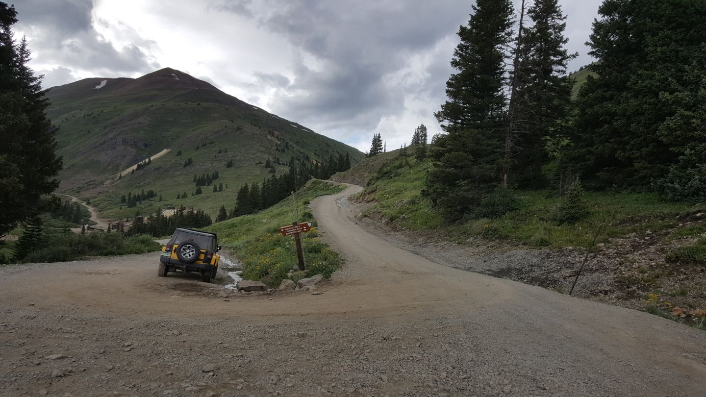 Cinnamon Pass - Waypoint 21: Intersection with Unnamed Road