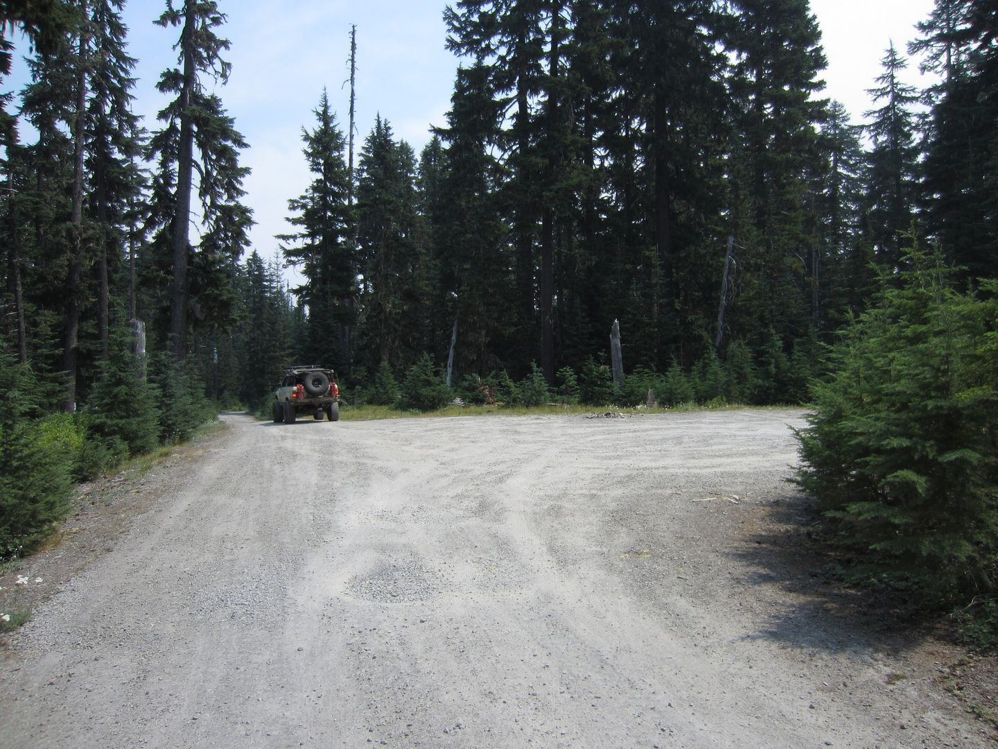 Bennett Pass Road - Waypoint 3: Stay East at 3550-222