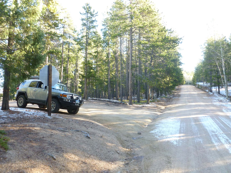 Dakan Road - Waypoint 6: West End Trail Head
