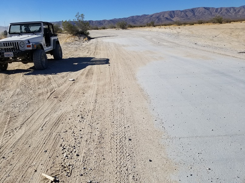 Boone Road - Johnson Valley - Waypoint 3: Wash Crossing
