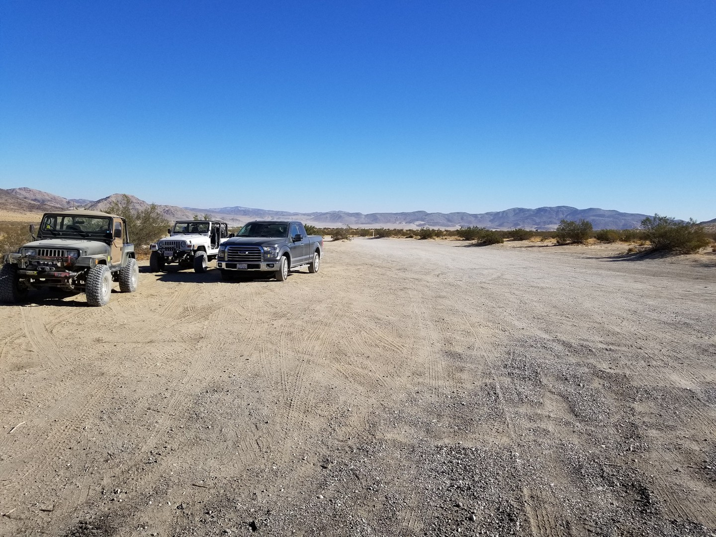 Boone Road - Johnson Valley - Waypoint 1: Boone Road and Old Women Springs Road