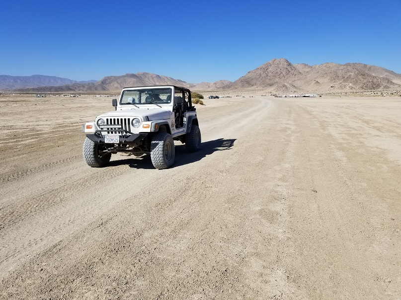 Means Dry Lake - Johnson Valley - Waypoint 4: Road to the Hammers
