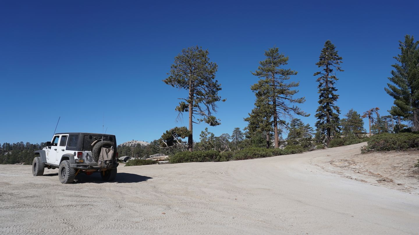 26E219 - Bald Mountain - Waypoint 8: Hollywood Hill Intersection
