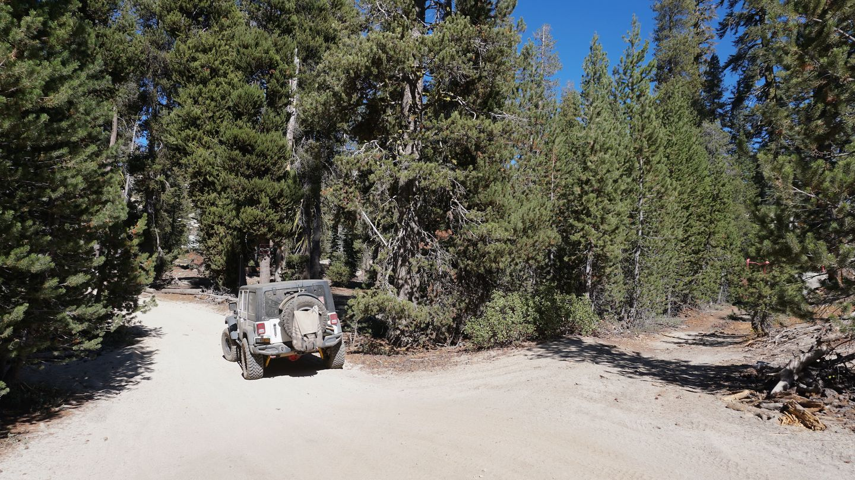 26E219 - Bald Mountain - Waypoint 15: 26E211 Plain Intersection