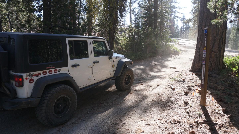 26E219 - Bald Mountain - Waypoint 2: 26E330 - Powder Hill Intersection (Turn Left)
