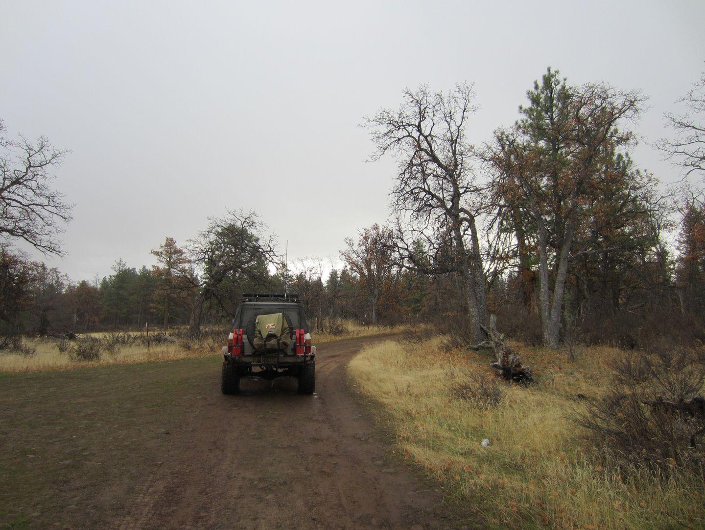 Barlow Trail - Waypoint 1: Trailhead - End of Bug Road
