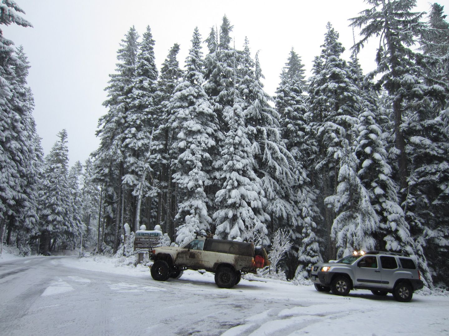 Barlow Trail - Waypoint 45: End of Trail -- Go Right to Return to Oregon Highway 35