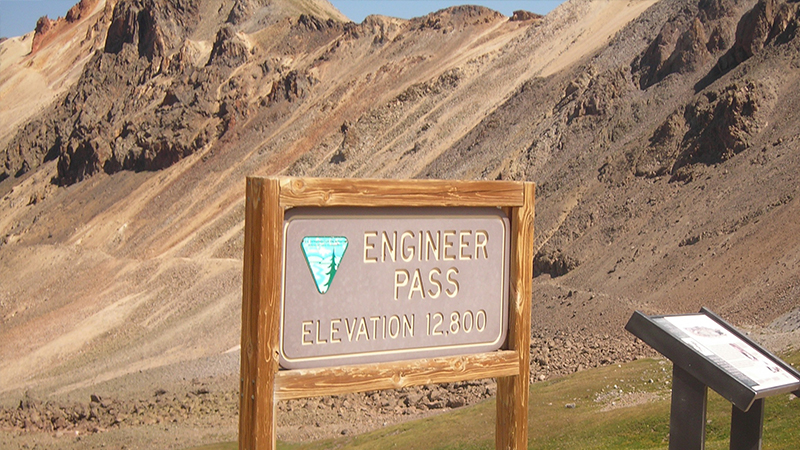 Engineer Pass - Waypoint 15: Official Summit and Overlook