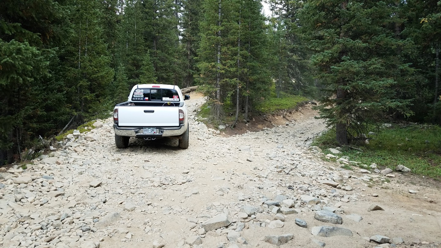 Georgia Pass - Waypoint 9: Unmarked Fork - Stay Left