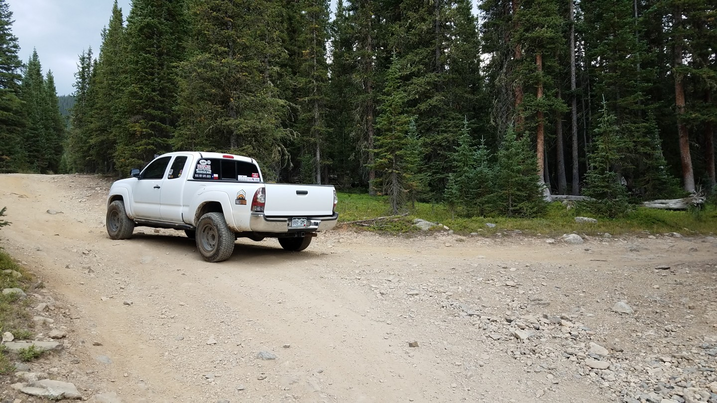 Georgia Pass - Waypoint 10: Unmarked Fork - Stay Left