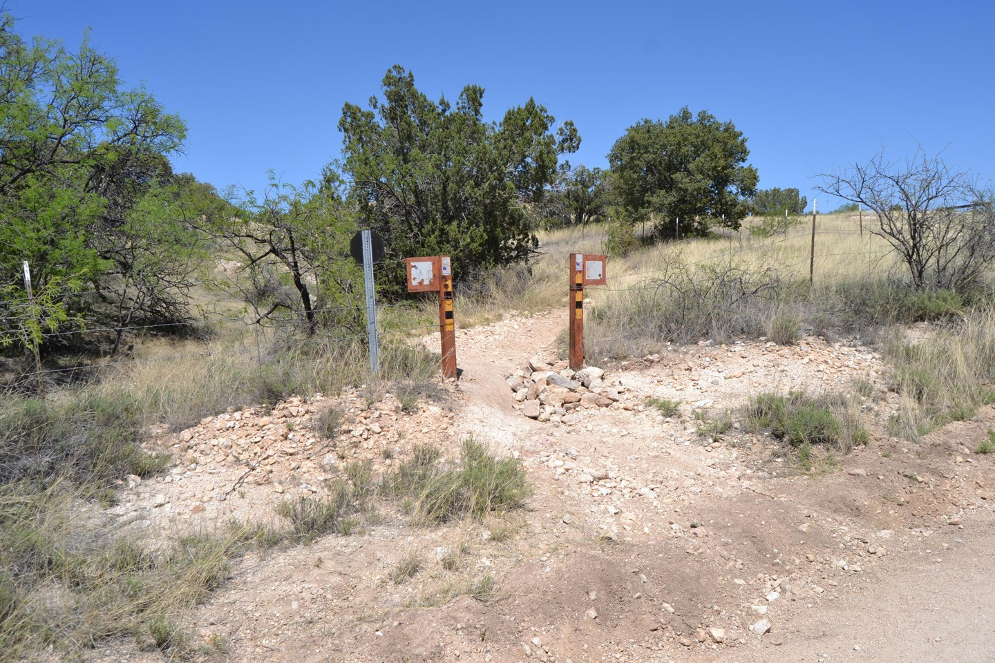 Redington Pass - Waypoint 20: FR#4417 Chiva Falls Middle Route (Stay Left)