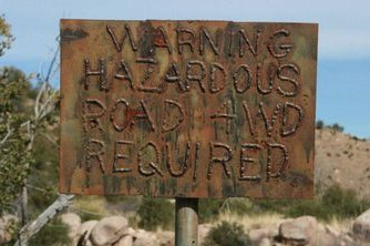 Charouleau Gap / FR# 736 - Waypoint 20: 4x4 Warning sign