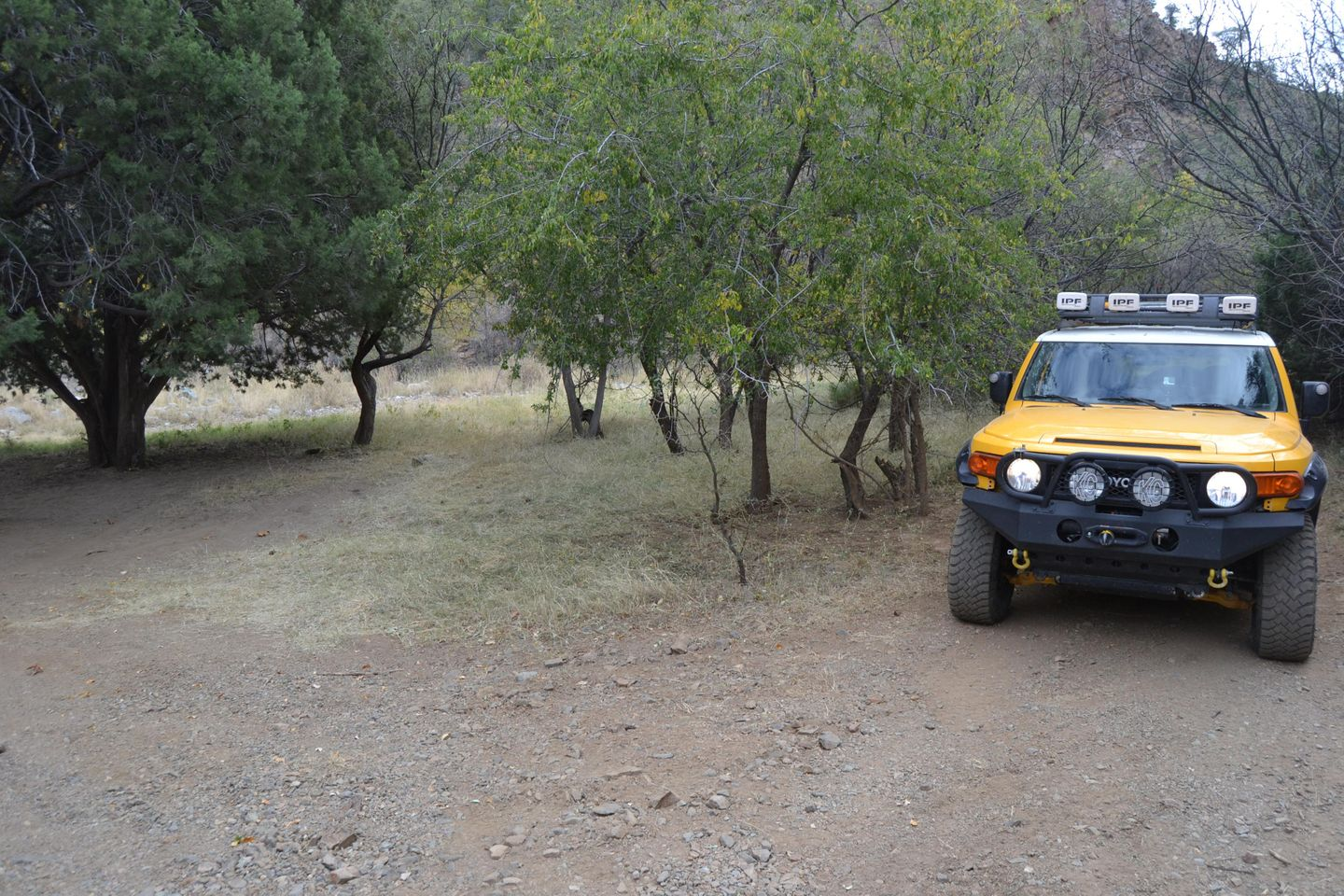 Charouleau Gap / FR# 736 - Waypoint 27: Best Camping Spot Stay Left