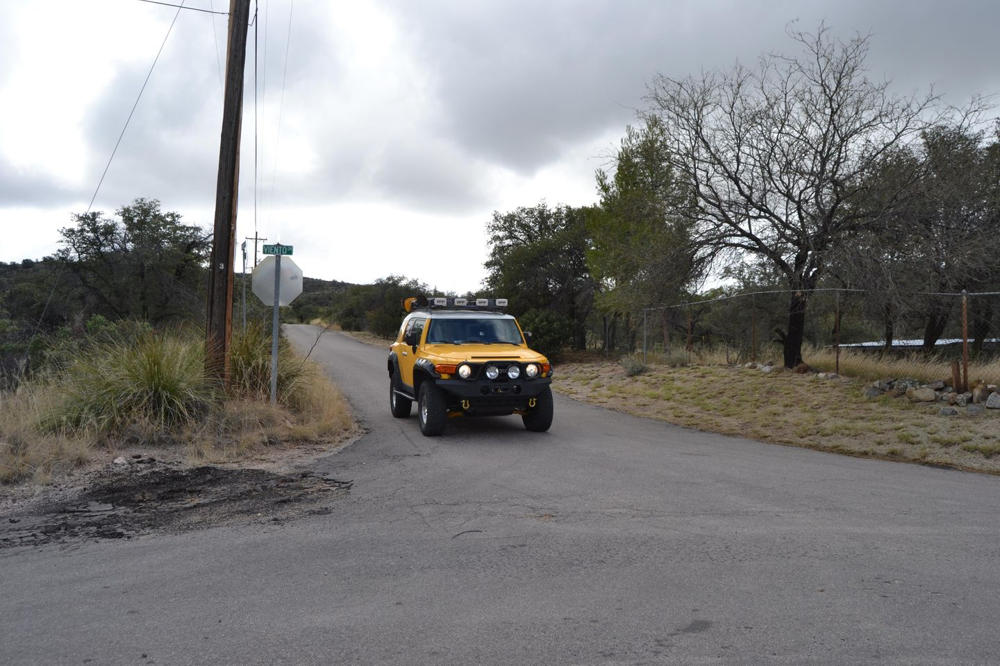 Charouleau Gap / FR# 736 - Waypoint 41: Callas Dr and N Viento Dr (TURN L)