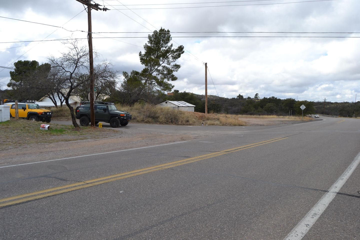 Charouleau Gap / FR# 736 - Waypoint 45: N College Dr and W American Ave (END) Connect to MT. Lemmon Trail