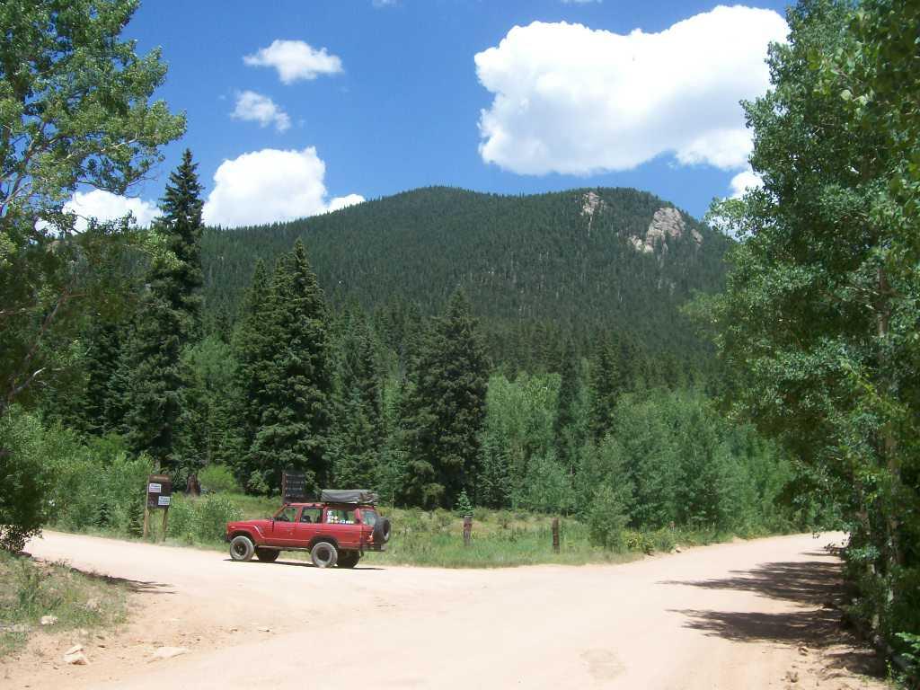 Mount Baldy - Waypoint 1: Trailhead