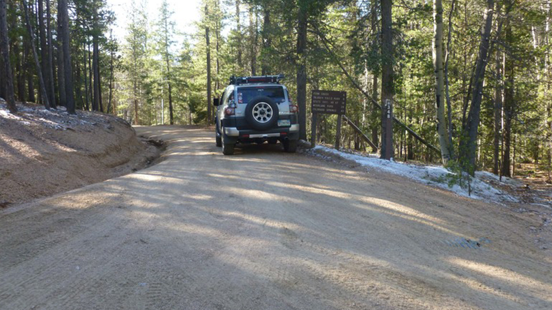 Rampart Range Road - Waypoint 21: Long Hollow Road (FS 348)