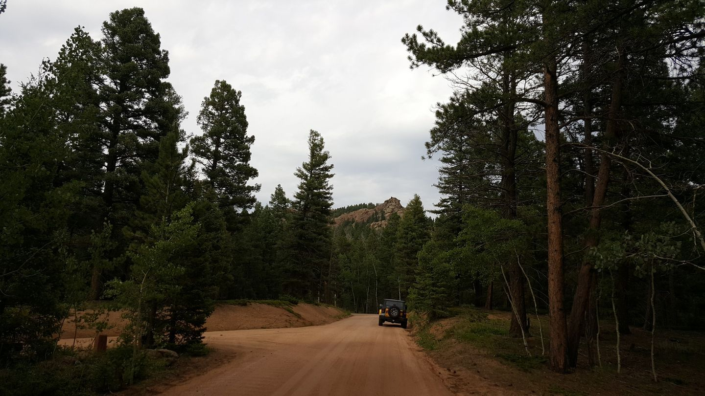 Rampart Range Road - Waypoint 23: Topaz Point Campground