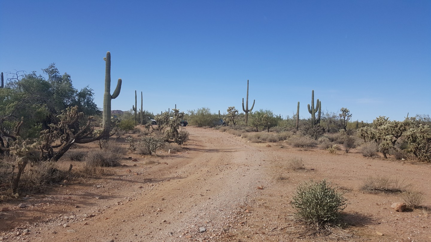 Box Canyon - Florence, Arizona - Waypoint 2: Large Staging Area On Right