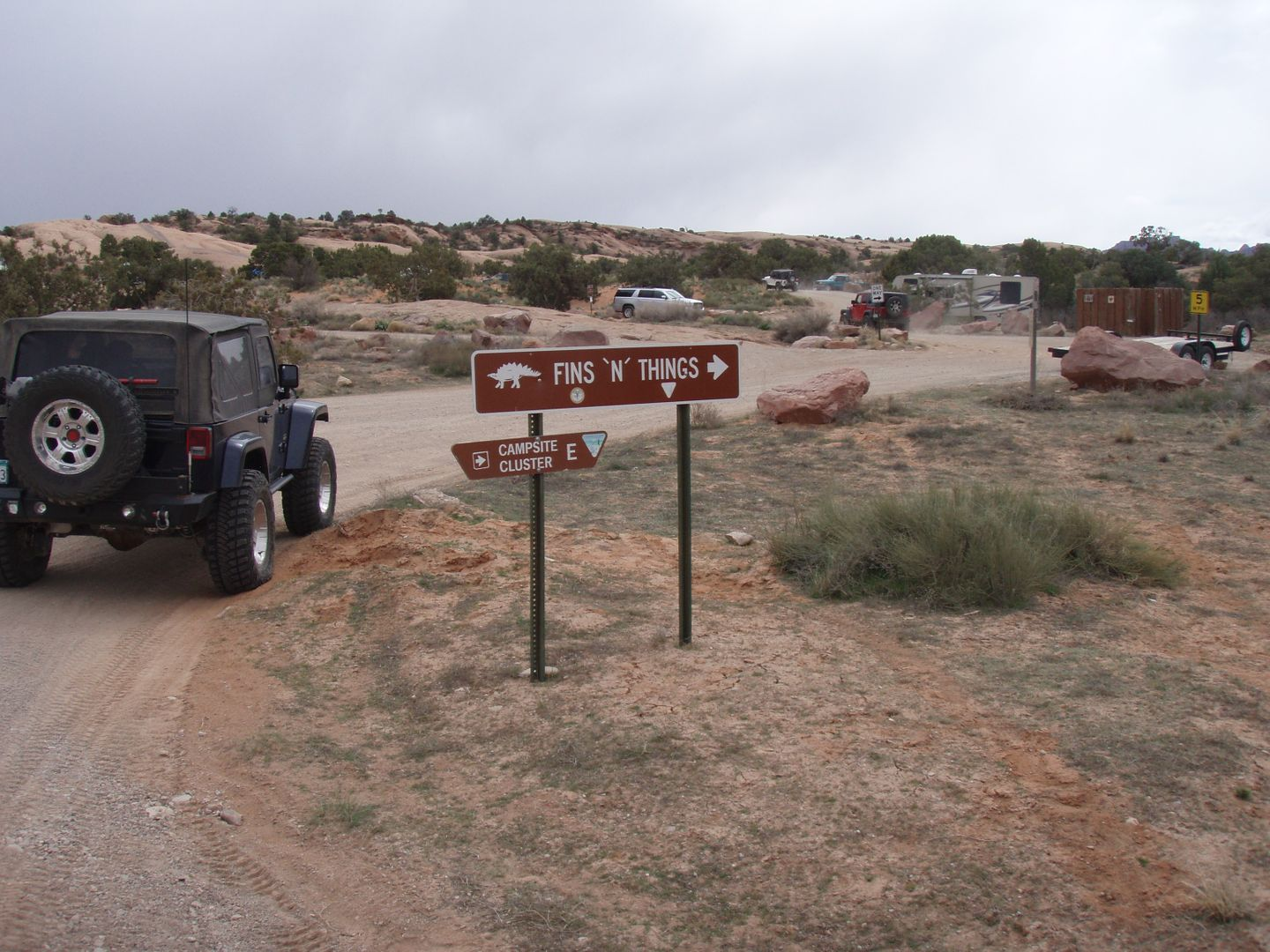 Fins and Things - Waypoint 1: Fins and Things Trailhead