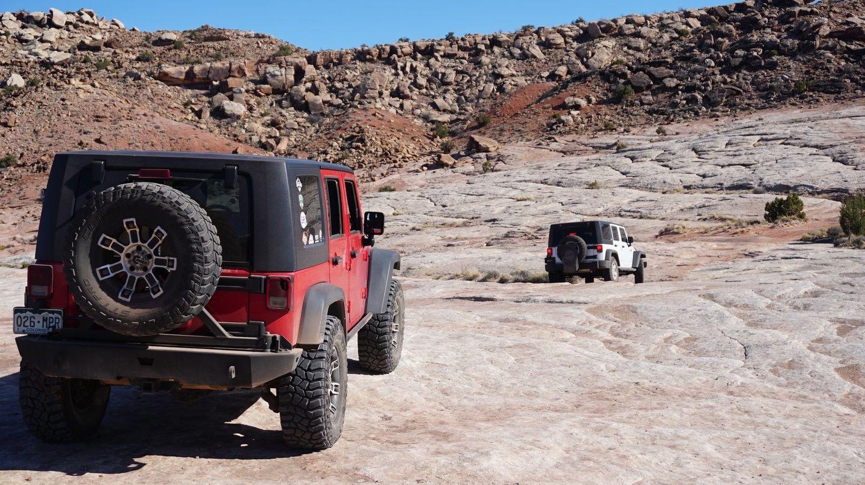 Hidden Canyon Overlook - Waypoint 8: Right Across Bedrock