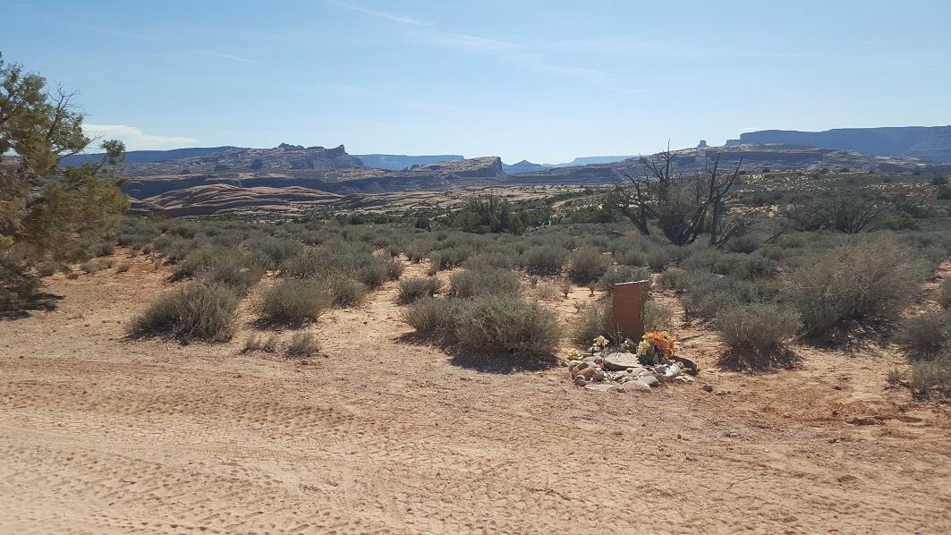 Poison Spider Mesa - Waypoint 14: Grave Site (Fake)