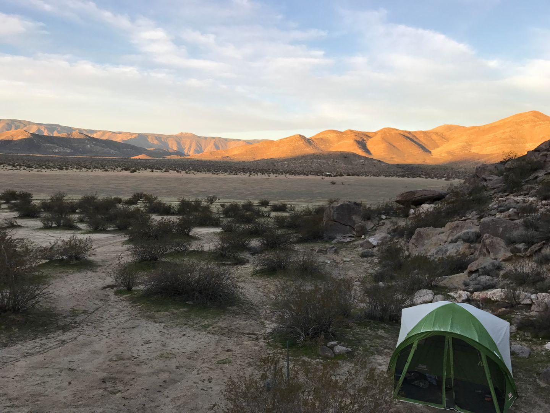Camping: Oriflamme Canyon