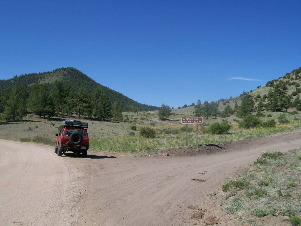 Bassam Park - Waypoint 2: Intersection FS Road 300 Bald Mountain Gulch