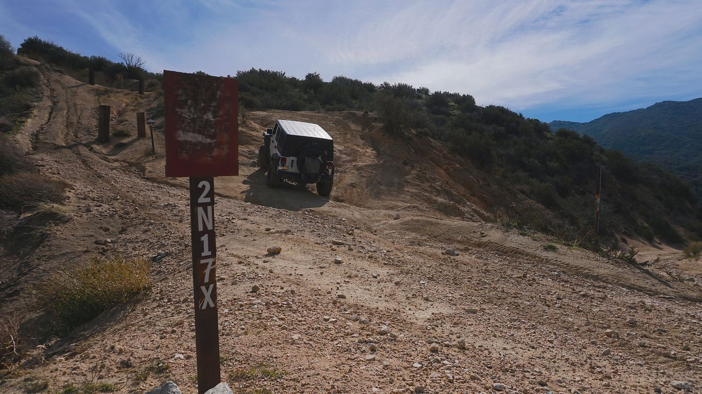 2N33 - Pilot Rock Truck Trail - Waypoint 3: 2N17X North Intersection